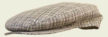 Berretto cotone e seta #caps #accessories #hatter #summercaps #berretti #fashion #unisex #vintage#revival #cottonhat  #beige #sand #classic #classy #preppy #college #style