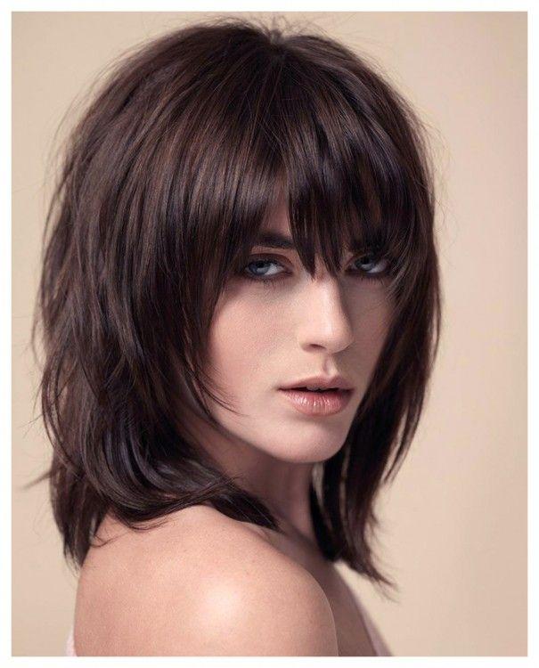 Damen Frisuren Halblang Stufig Frisuren Mittellang Gestuft Haarschnitt Frisuren Lang
