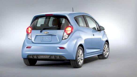 Review 2014 Chevrolet Spark EV   www.newroads.ca/gm/home.aspx