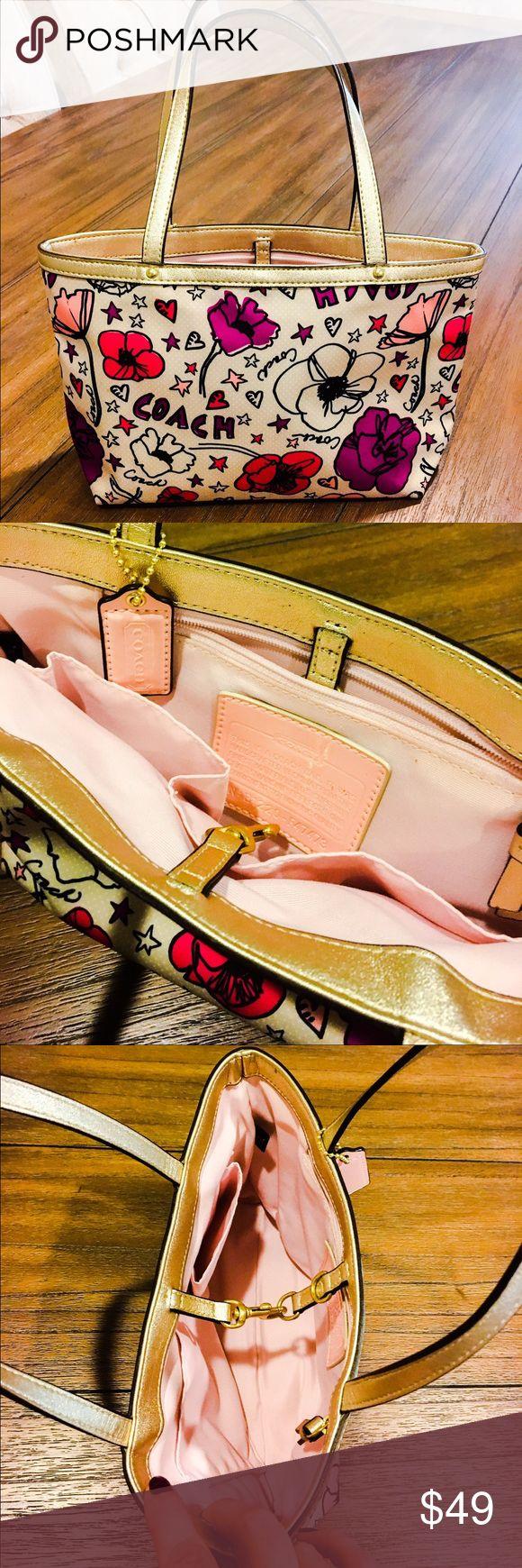 """NWOT Coach Poppy handbag NWOT Coach Poppy authentic handbag. Measurements 7"""" * 11"""" * 2,5"""" Coach Bags Mini Bags"""