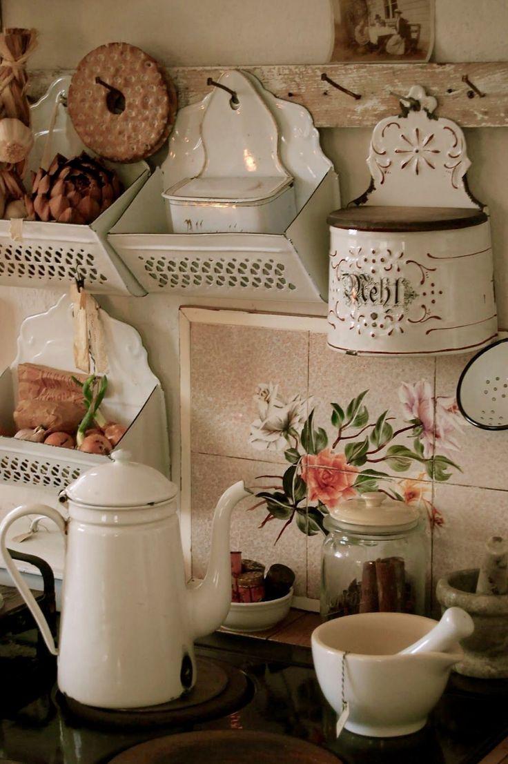 Beautiful vintage salt cellars set of 4 - Lovely Salt Cellars And Other Vintage Kitchenwares