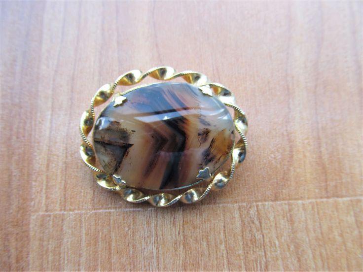 Vintage brown striped Agate Gemstone brooch