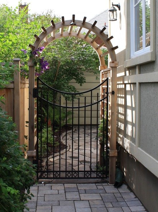 Basic wooden gate designs woodworking projects plans for Wooden front gate designs