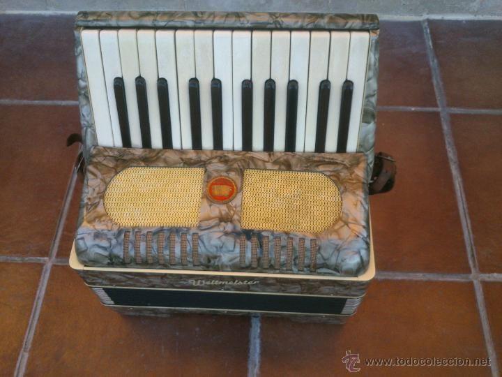 INSTRUMENTO MUSICAL EN TODOCOLECCION: ORIGINAL ACORDEÓN WELTMEISTER. POST LABOREM MUSICA