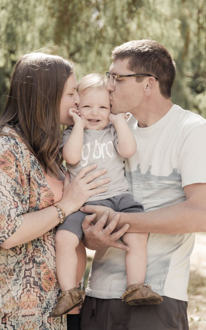 Maternity | big brother announcement ideas | San Jose photographer | San Jose park | photo session | tina batman photography | maternity picture with toddler ideas | family photography ideas | family portrait with toddler ideas