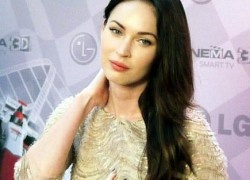 We have the low down on Megan Fox Net Worth and Her Personal Fortune. We have the dollar amount!