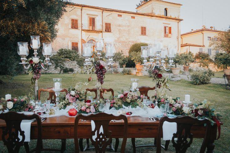 Table setting in the garden of Villa Medicea di Lilliano - picture by Stefano Cassaro