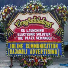 Toko Rangkaian Bunga Bandung Murah berkualitas jual karangan bunga duka cita, karangan bunga ucapan selamat, bunga papan hingga buket bunga