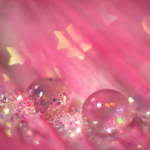Ball-glitter-pink-sparkle-