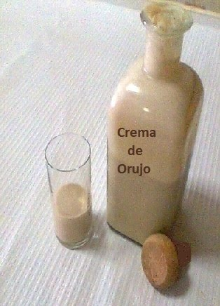 Villadecanes: Crema de Orujo