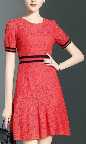 Contrast Lace Knit Dress-Red