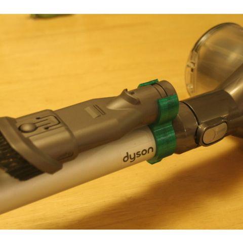 Attache pour brosse sur aspirateur Dyson V6 imprimé en 3D 3d model