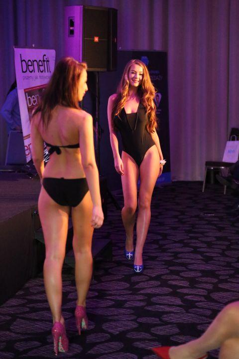 sprzedaż może być sexi :-) Wcale nie musi być smutna i nudna. Bez względu na to, co się sprzedaje. www.biznesplus.pl