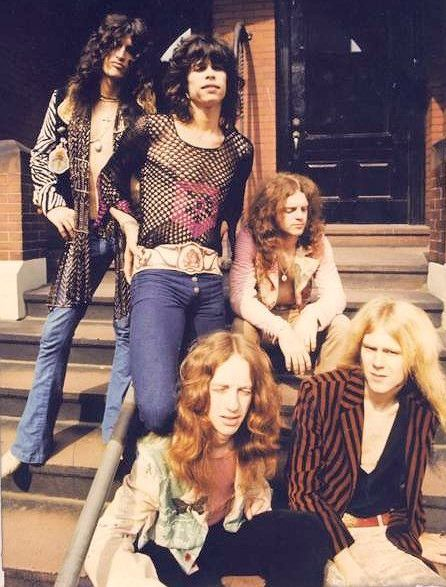 Aerosmith 1973                                                                                                                                                                                 Mais