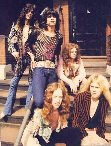 Aerosmith 1973                                                                                                                                                                                 Mais