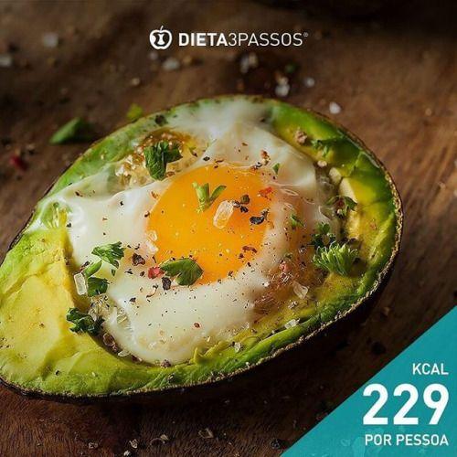 Abacate com ovo  Lista de ingredientes (2pax): Todos os ingredientes que precisa e as instruções passo a passo: https://goo.gl/BnrkK1  Link na Bio (Facebook/Fotos/Dicas Saudáveis) + Info: por mensagem privada ou através do  253 413 070   932 375...