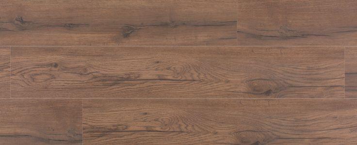 Herfst Eik - Een typische gerookt eiken rustieke vloer, voorzien van een perfecte olie-look. Voelt zich thuis in een modern interieur, witte wanden en flamant meubels.