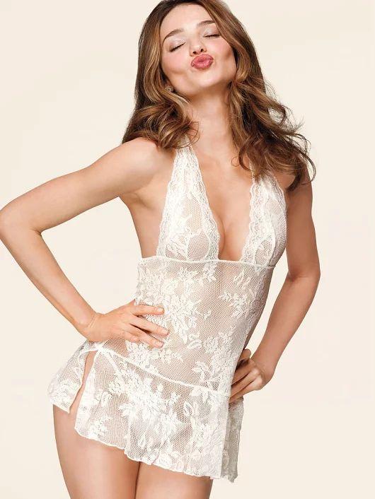 Obraz: Suggestions for honeymoon underwear - Nite.com