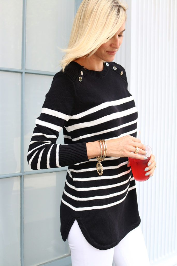 https://i.pinimg.com/736x/6f/e6/7c/6fe67cf464dd299fd1404576eea15971--nautical-trends-nautical-tops.jpg