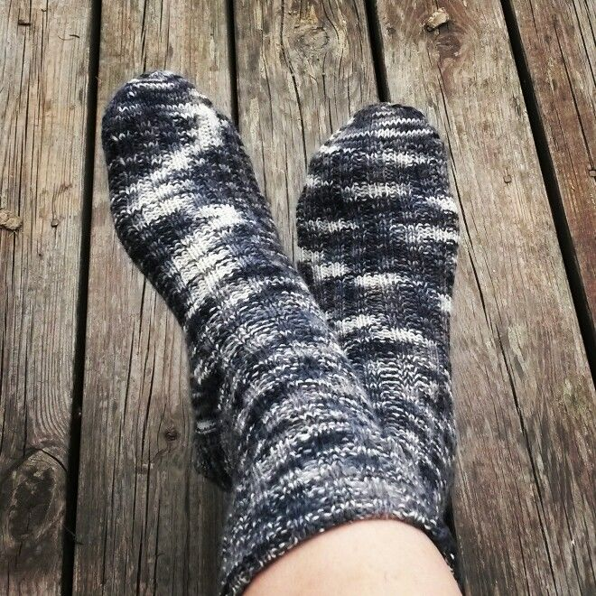 Knitted socks www.intarsiamia.wordpress.com Instagram: intarsiamia