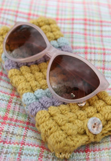 crochet bobble stitch pattern - can make eyeglasses case as shown or a scarf…