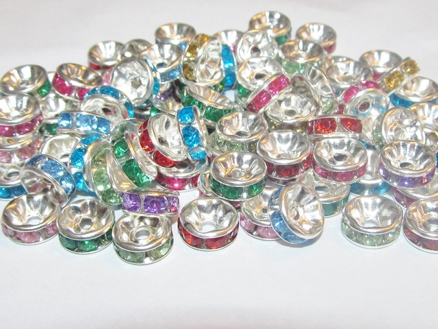 100 - 8mm Rhinestone Rondelle Spacers. Starting at $1 on Tophatter.com!