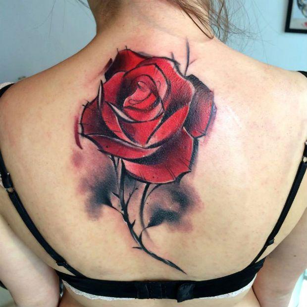 Conheça o trabalho de Lukasz Kaczmarek, o Bam Bam Tattoo, artista de vanguarda que cria verdadeiras artes na pele com seus traços e cores fortes.