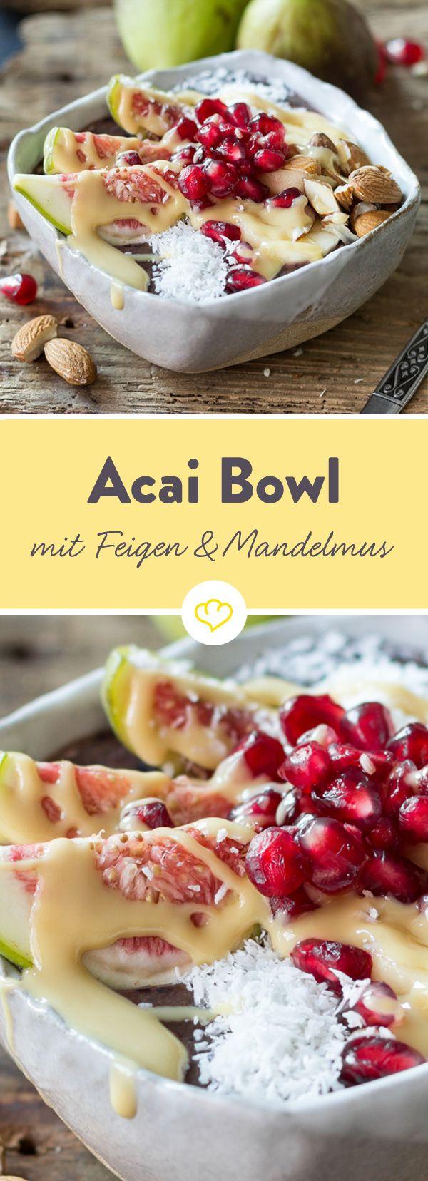 Acai-Pulver, Blaubeeren und Mandelmilch - mehr brauchst du nicht, um eine Acai-Bowl zu zaubern. Und das in weniger als 5 Minuten.