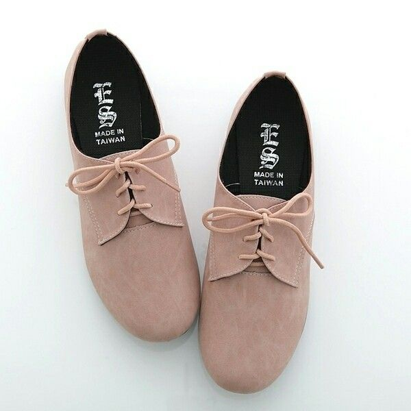 it can be difficult to pull off original oxfords, but the oxford flats  could look stunning on anyone.