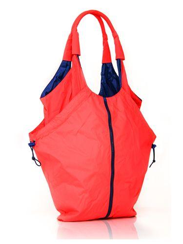 expanding gym bag   MPG Expanding Tote Bag - Gym Bags for Women - Redbook. I need something like this!