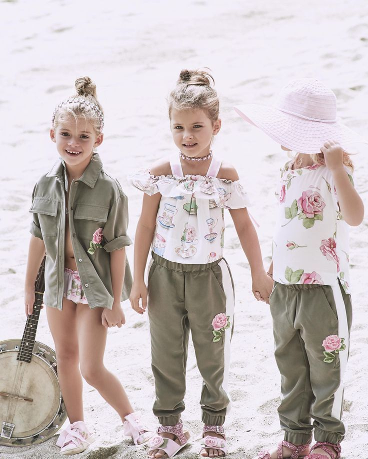 Spring Trends 2017: Ruffles and pastels and ready for the some outdoor exploring.