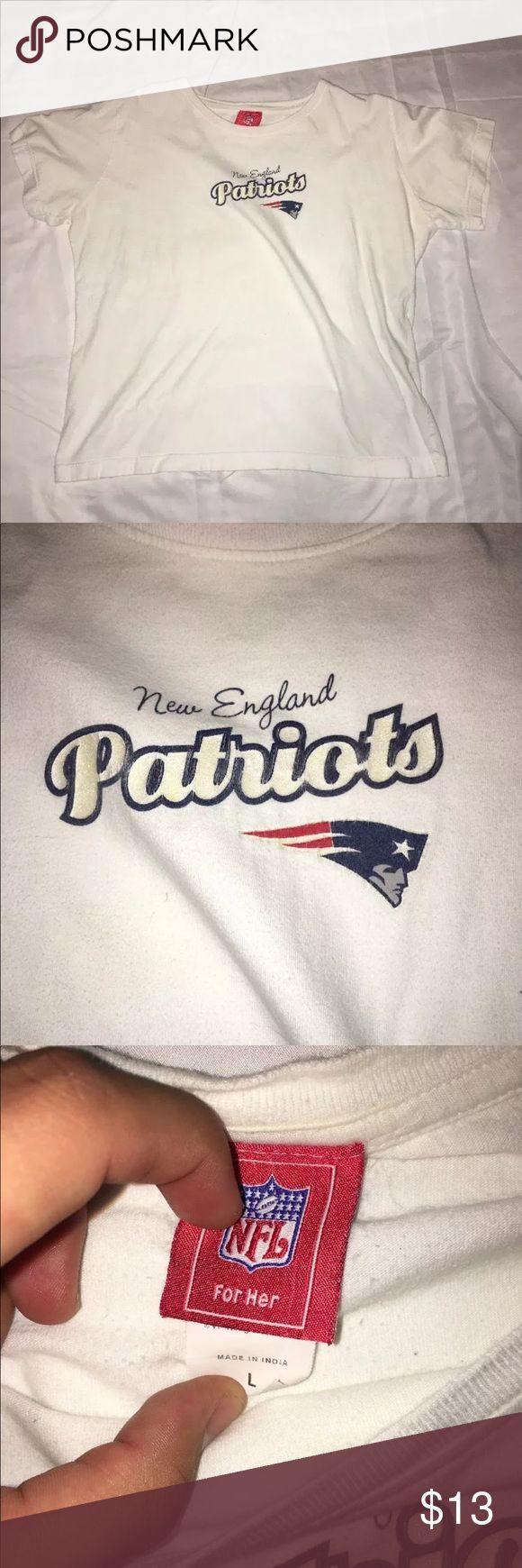 new england patriots women's nfl team shirt new england patriots women's t size L super clean   follow on the gram @pa_soleking.610  i am always buying shoes please message me or dm me on the gram  all buyers who do not pay for their item will be blocked from my page   please make sure to look at all pictures before purchasing   if you want to offer make sure you can pay that offer or don't bother offering at all   payment is due within 3 days or unpaid case will be automatically opened nfl…