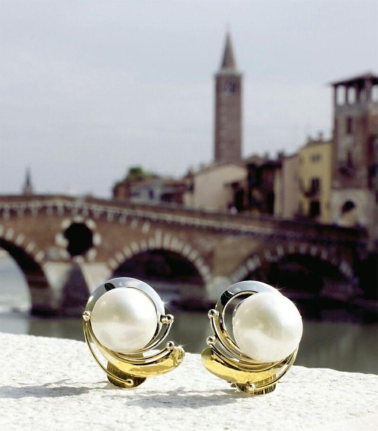 Orecchini in oro giallo e bianco con Perle