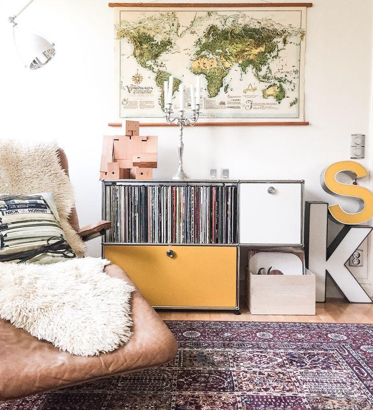 Usm Haller modular. Vintage leather lounge chair and cubebot love