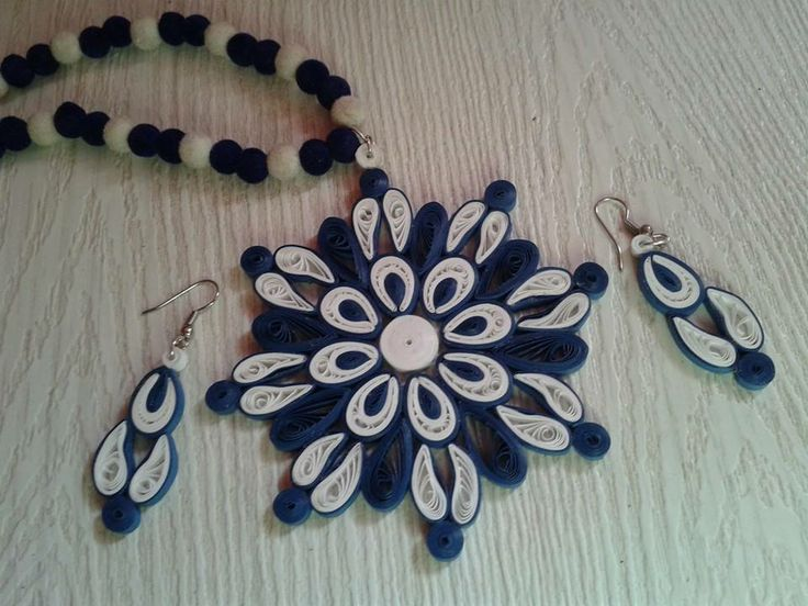 Jewels....but would be nice to do a snow flake with this design.