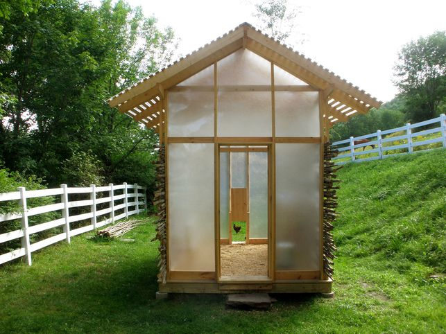 Pin by floyd daniels on chicken coops pinterest for Modern chicken coop