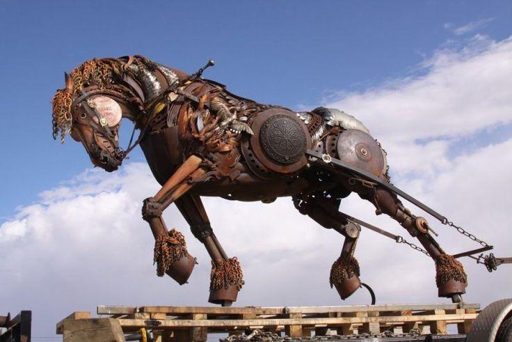 Металлические скульптуры Джона Лопеса