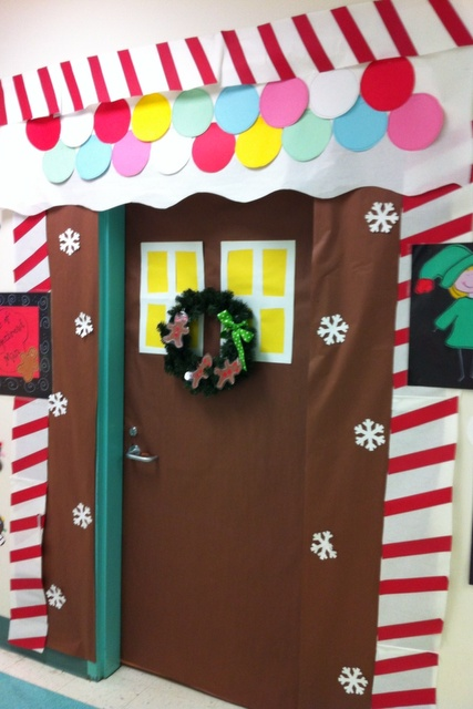 26 best CHRISTMAS DOORS images on Pinterest | Candy cane ...