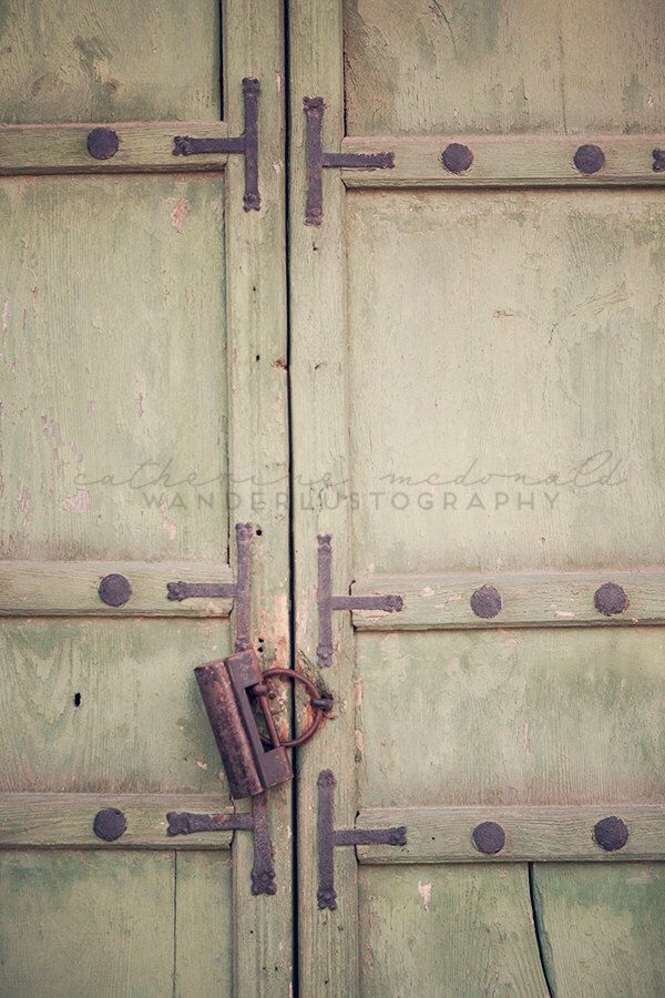 Travel Print, Korea Photography, Jade Door, Antique,  Rustic, Seoul Photograph, Old World, Gyeongbokgung Palace, by wanderlustography on Etsy https://www.etsy.com/listing/177756430/travel-print-korea-photography-jade-door