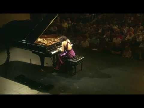 Schumann-Symphonic Etudes(Claire Huangci)