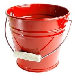 Classic Kid's Red Metal Bucket - Sand Pail. Made in Germany of enameled steel. $15.95Sturdy Buckets, Red Metals, Metals Buckets, Gardens Buckets, Wooden Handles, Kids Gardens, Kids Red, Enamels Steel, Sands Pail