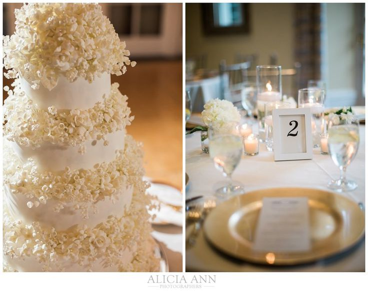 Natalie + Tom's Wadsworth Mansion wedding -Cake by Julie Deffense, www.cake.pt