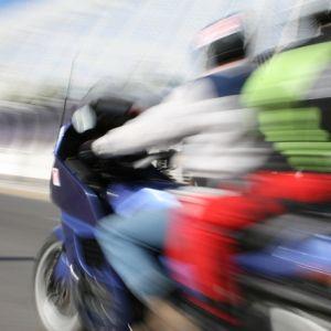 Detrans de Joinville SC: Editais abrem prazo para defesa de autuação contra multas de trânsito e indicação de real condutor infrator -  DOC.0160198–ANEXO0160200 +http://brml.co/1KMrlzN