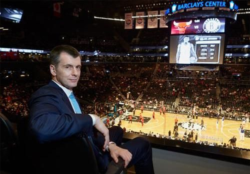 NBA: Mikhail Prokhorov No Longer Working With Bank to Sell the Brooklyn Nets- http://getmybuzzup.com/wp-content/uploads/2015/03/432973-thumb.jpg- http://getmybuzzup.com/nba-mikhail-prokhorov-no/- By Shay Marie Mikhail Prokhorov was reportedly working with a bank to sell the Brooklyn Nets but it hasn't netted any big offers like the $2 billion Steve Ballmer put up for the Los Angeles Clippers so Prokhorov has ended the deal. Shay Marie Darren Rovell of ESPN: Brooklyn Net