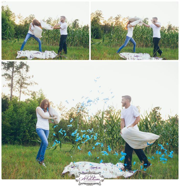 Gender reveal idea | Gender reveal photo shoot | pregnancy photo | gender photo | pillow fight | Charleston photographer