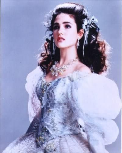I love this dress. (Jennifer Connelly as Sarah in ... Labyrinth 1986 Sarah