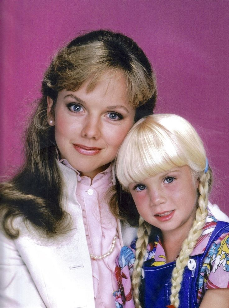 Heather O'Rourke and Linda Purl headshot from Happy Days