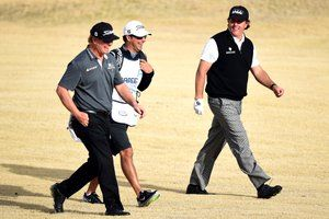 """'Serious cash': A glimpse into Phil Mickelson's gambling world ! """"'Serious cash': A glimpse into Phil Mickelson's gambling world"""" DETAYLAR İÇERDE https://www.oderece.net/serious-cash-a-glimpse-into-phil-mickelsons-gambling-world/"""