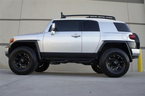 CUSTOM SILVER  TOYOTA FJ CRUISER | CUSTOM LIFTED 07 TOYOTA FJ CRUISER 4X4 MANUAL PARKTRONIC DRIVING ...