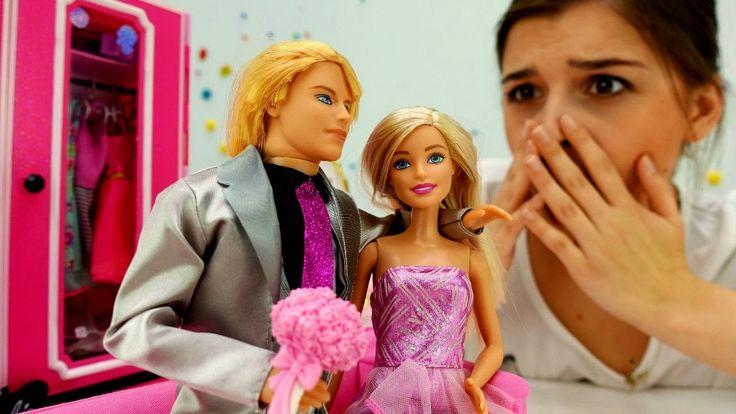 Куклы: БАРБИ делает уборку. Видео для девочек. КЕН в гостях у Барби. Вид...
